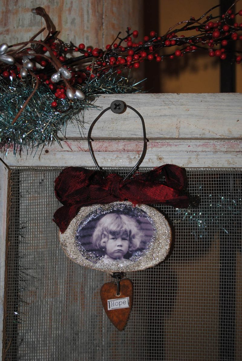 Hope ornament 2