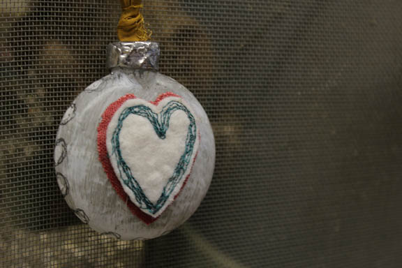Heart glass ornament 2 side view