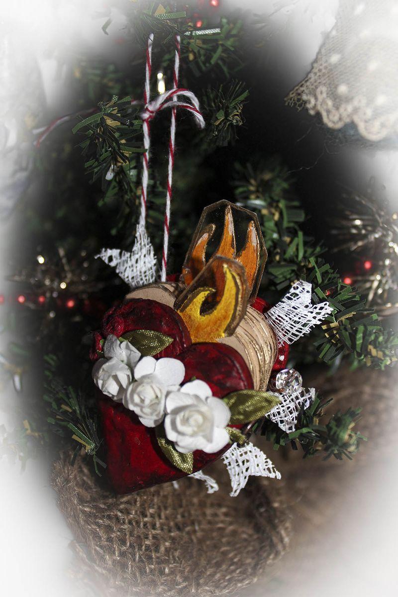 Robin Nowak ornament 2012