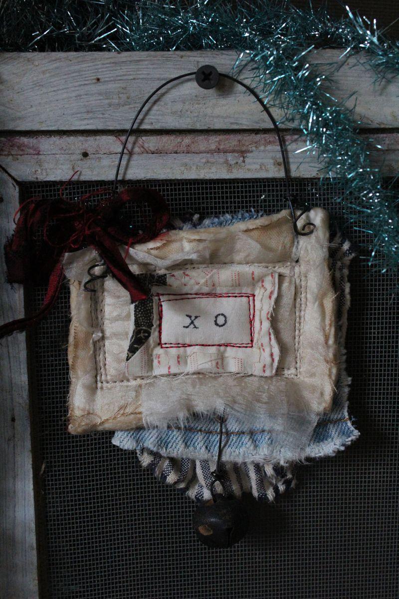 Xo 2012 ornament 5