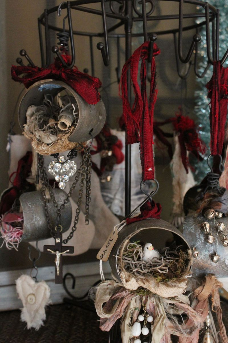 Goup of metal ornaments 2